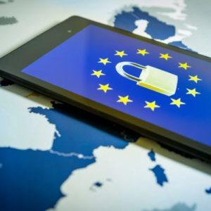 Право на забвение в Интернете в России